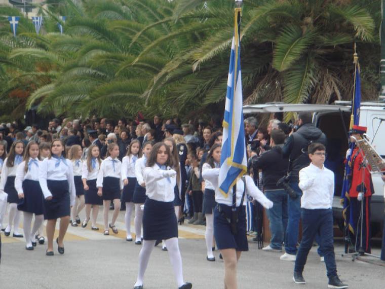 Πώς και που θα γίνει η παρέλαση της 28ης Οκτωβρίου στην Κόρινθο